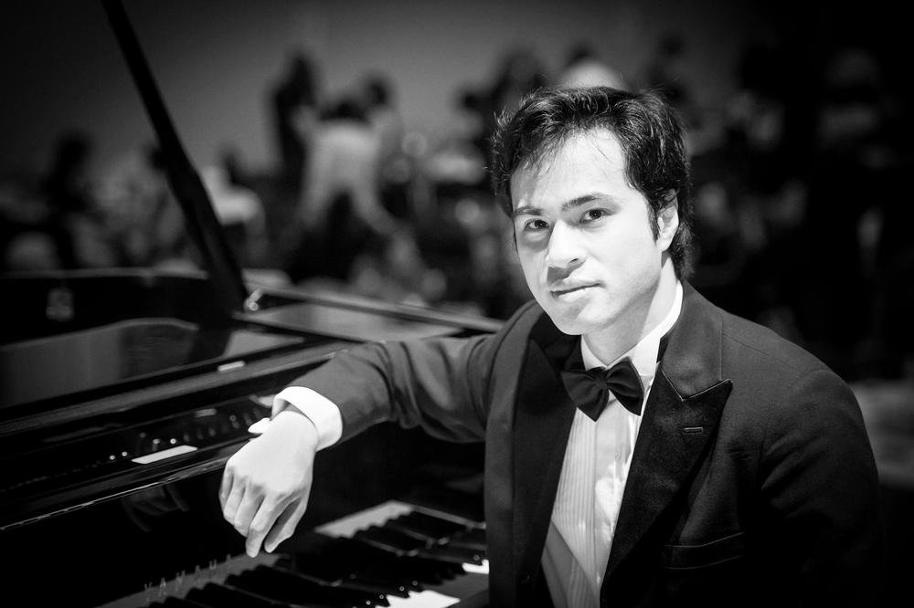 Hoang Pham, piano