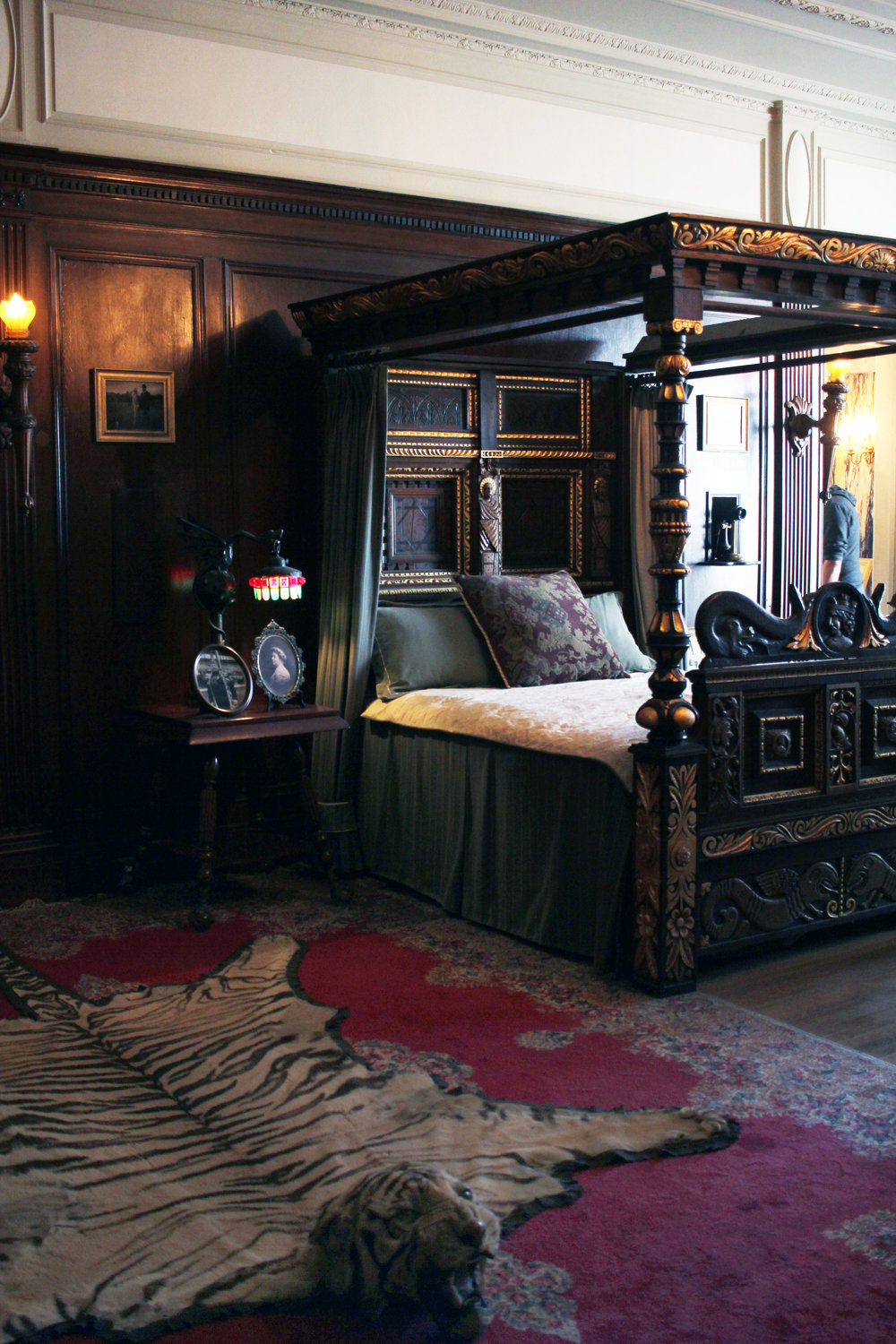 A bedroom in Casa Loma.