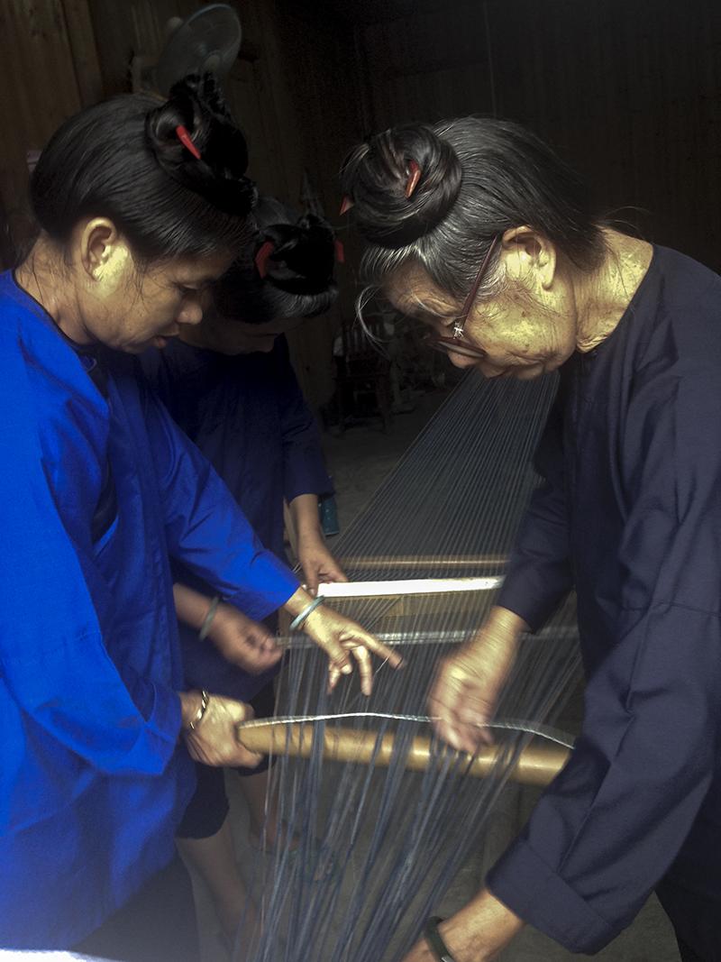 preparing loom2.jpg