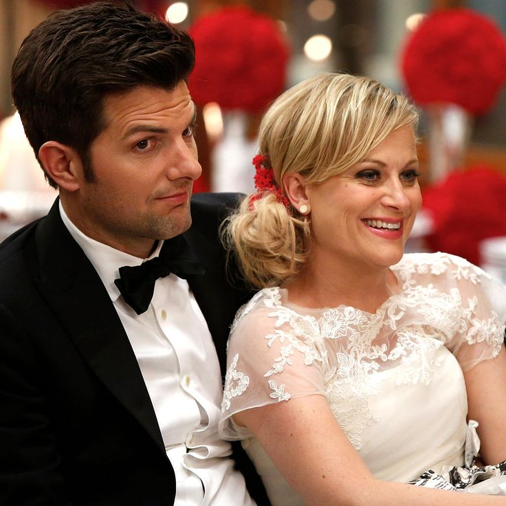 Leslie Knope organised her wedding in a couple of hours. But she was cray cray all the time, so maybe don't do what Leslie did OK?