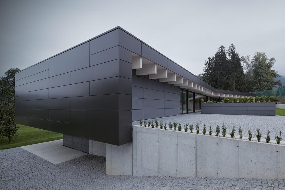 01_Letni_dum_Celadna_CMC_architects_BoysPlayNice.jpg