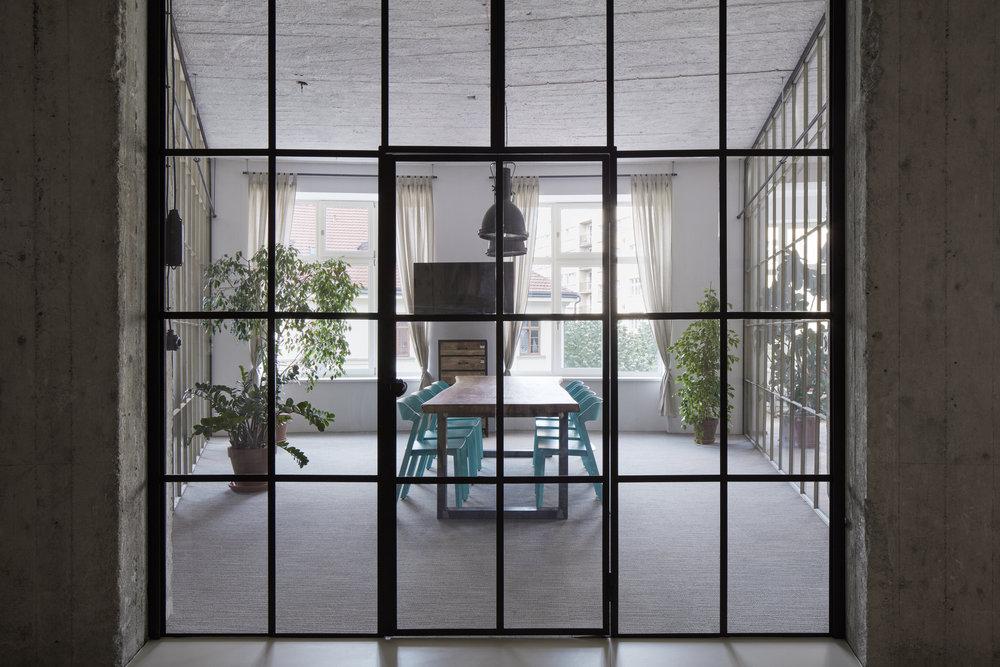 JeZu_architects_PROMOTION_BoysPlayNice_09.jpg