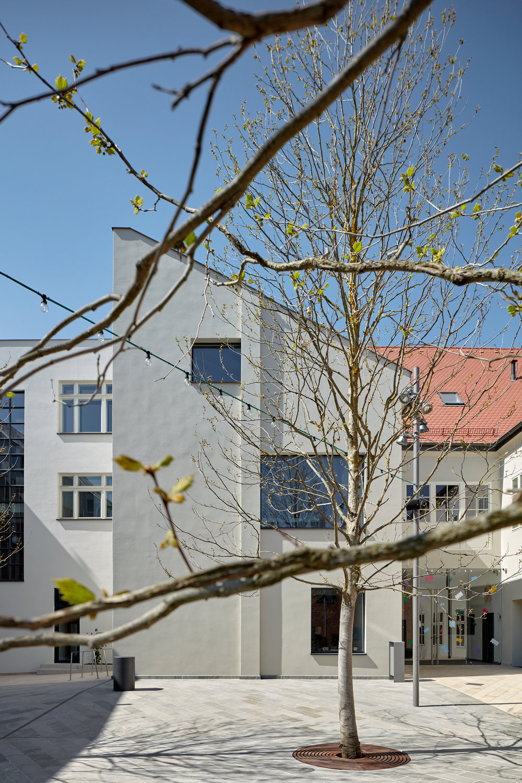 Vallo_Sadovsky_Architects_Nadvorie_BoysPlayNice_11.jpg