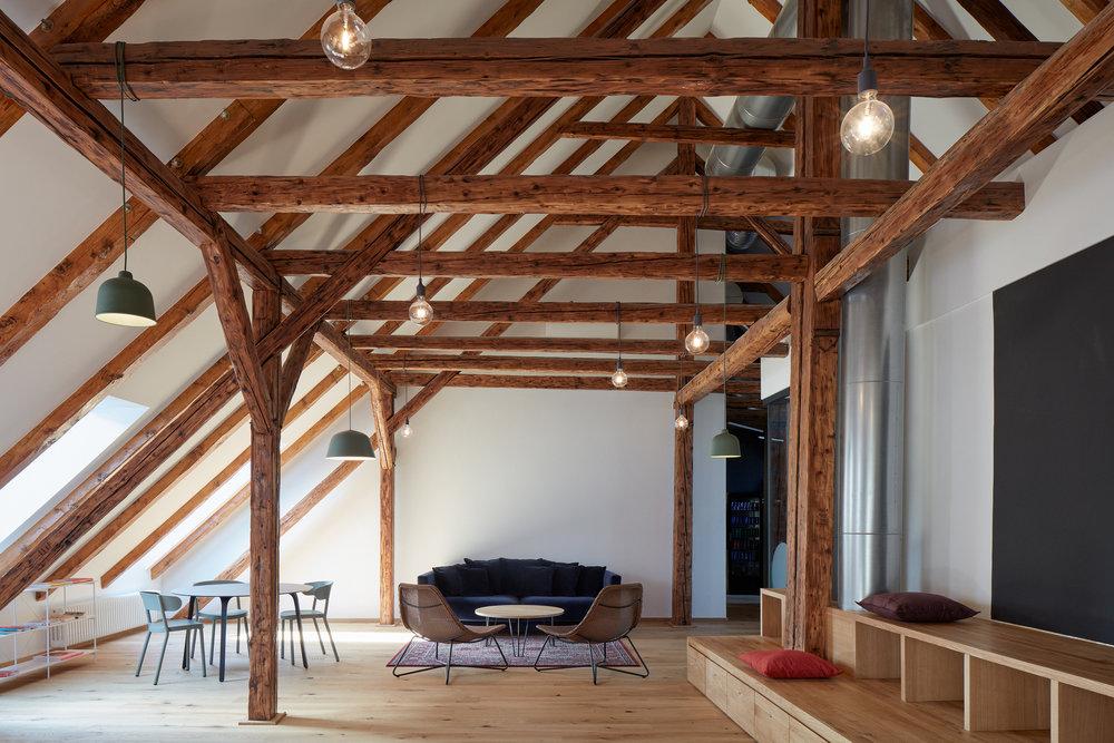 Vallo_Sadovsky_Architects_Nadvorie_BoysPlayNice_13.jpg
