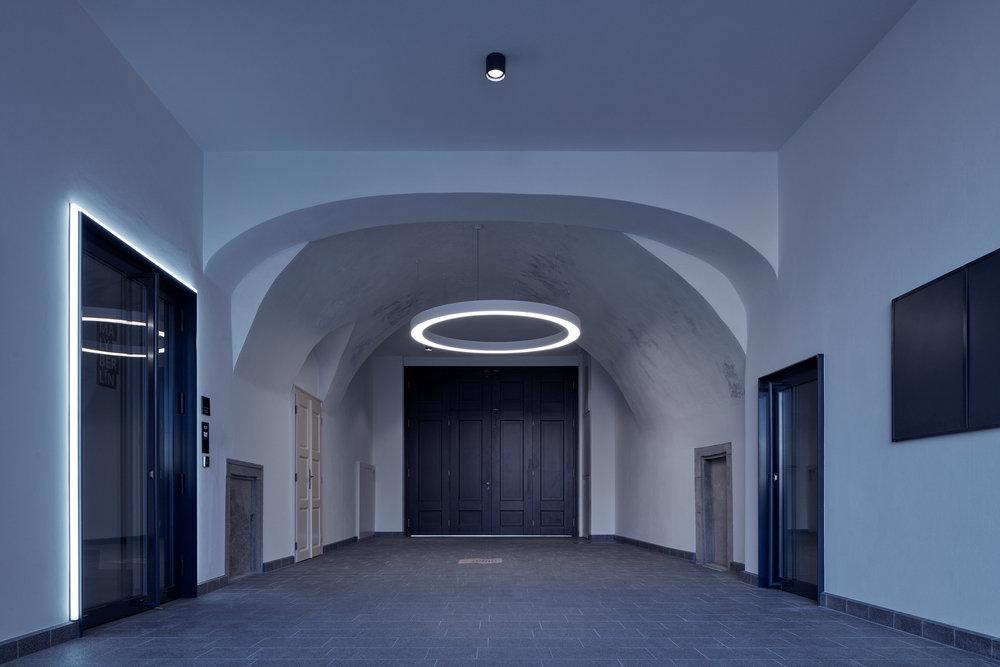 Vallo_Sadovsky_Architects_Nadvorie_BoysPlayNice_25.jpg
