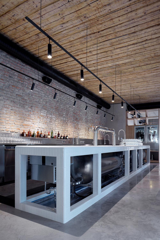 Vallo_Sadovsky_Architects_Nadvorie_BoysPlayNice_30.jpg
