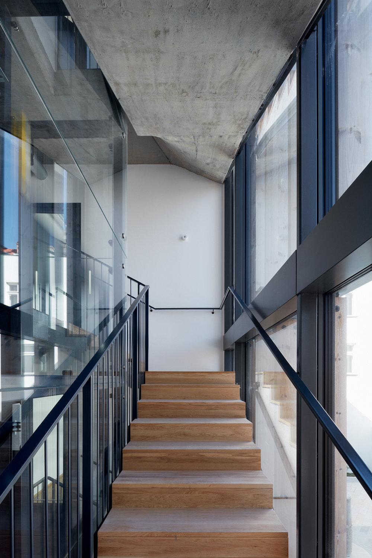 Vallo_Sadovsky_Architects_Nadvorie_BoysPlayNice_42.jpg