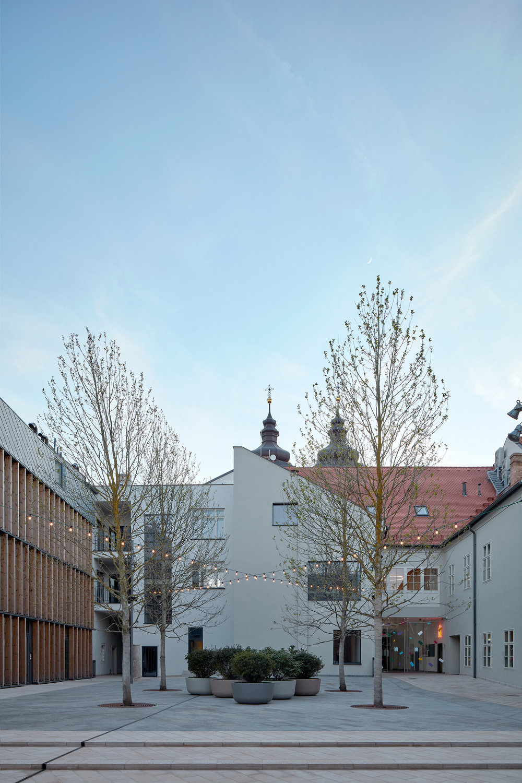 Vallo_Sadovsky_Architects_Nadvorie_BoysPlayNice_52.jpg