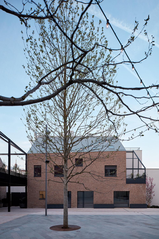 Vallo_Sadovsky_Architects_Nadvorie_BoysPlayNice_54.jpg