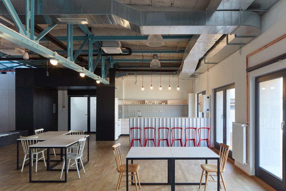Kurz_architekti_SinnerSchrader_offices_BoysPlayNice_26.jpg