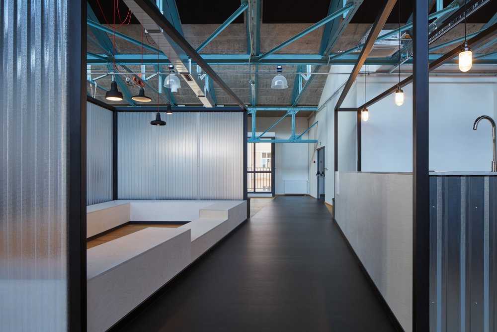 Kurz_architekti_SinnerSchrader_offices_BoysPlayNice_33.jpg