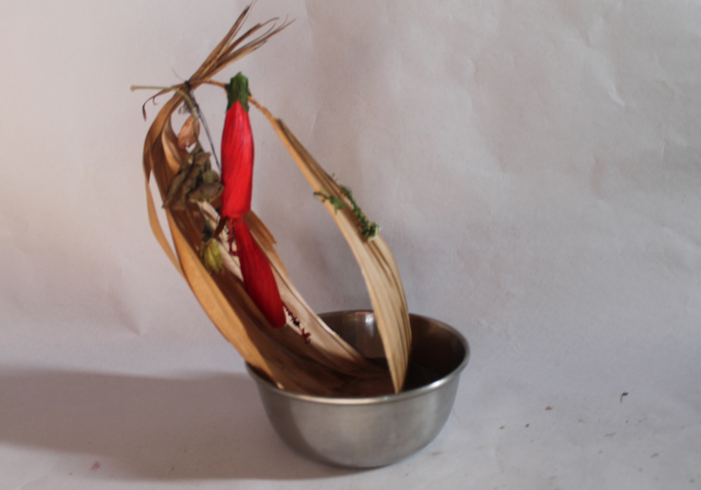 palm boat and chilli hot garlands.jpg
