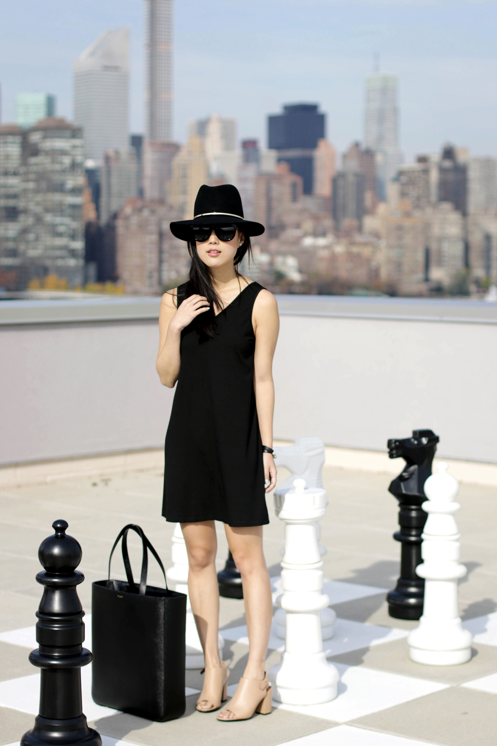 Marie Hell Quiver Tunic Dress ,  Givenchy Shoes ,  Saint Laurent Bag ,  The Row Sunglasses ,  Janessa Leone Hat