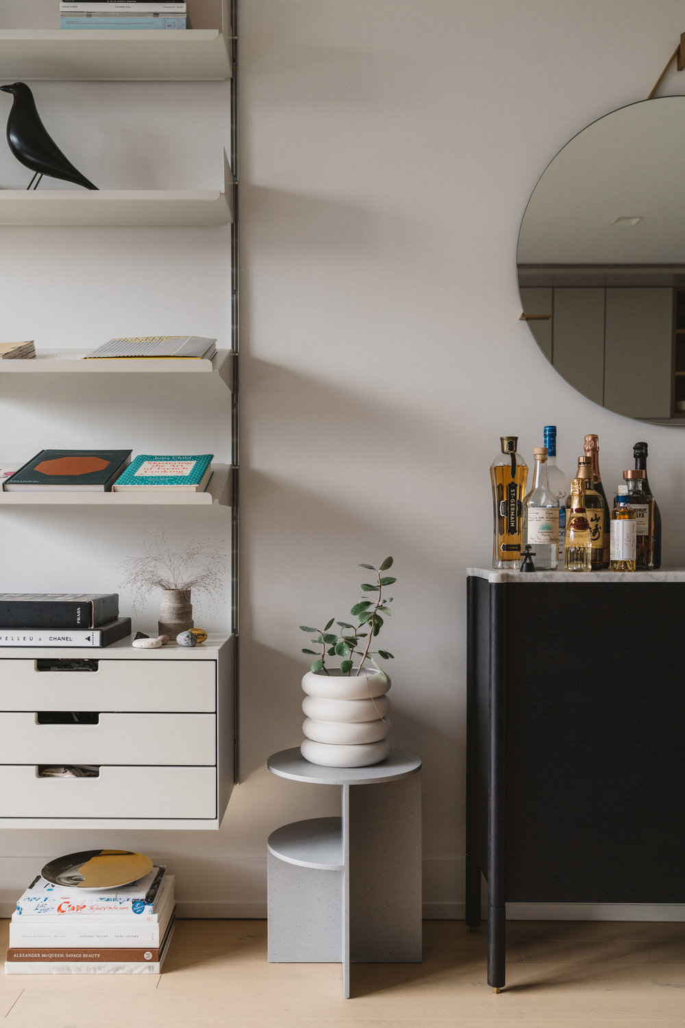 Vitsoe Shelving ,  Muuto Table ,  Chen & Kai Planter ,  Egg Collective Console ,  Egg Collective Mirror