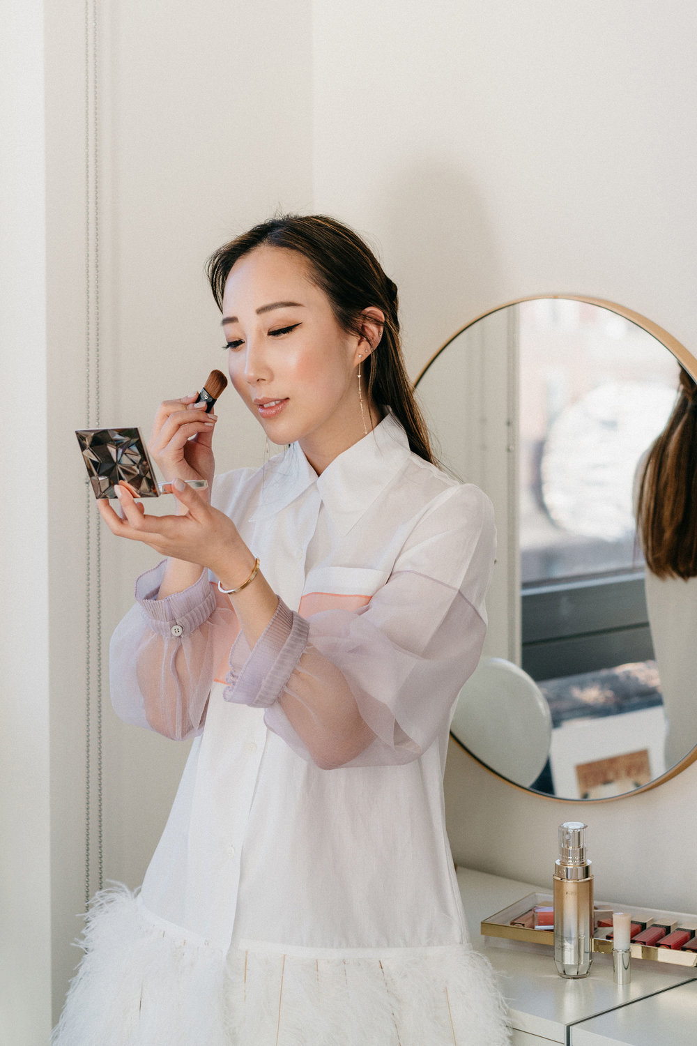 A moment at home with  Clé de Peau Beauté