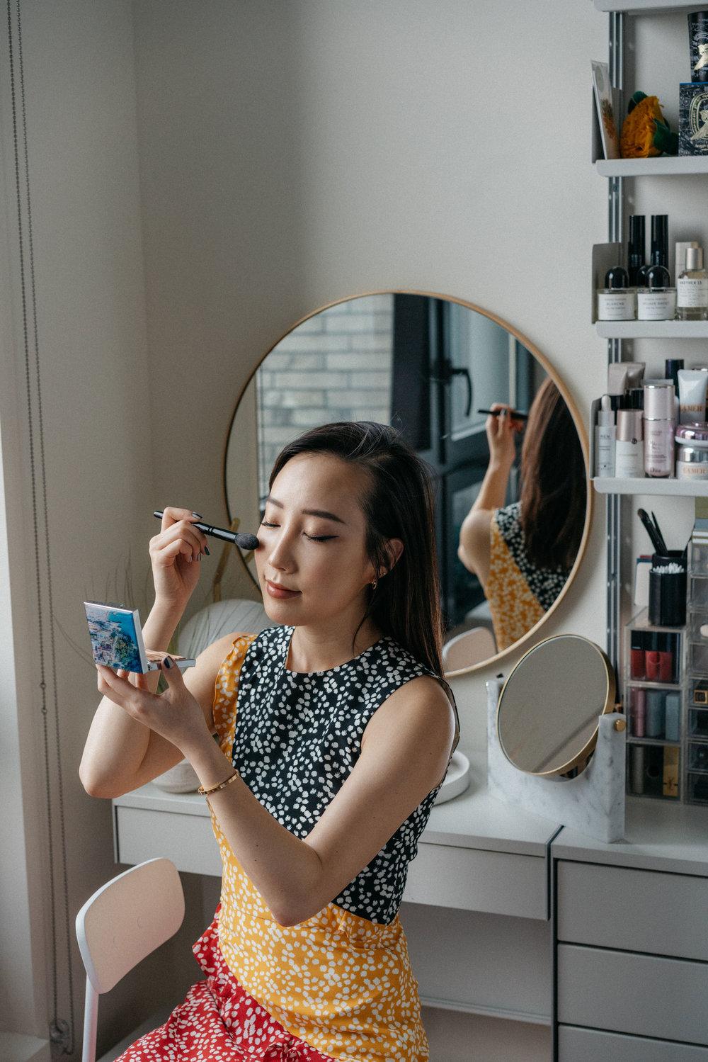 Applying the  Chantecaille Sirena Bronzer