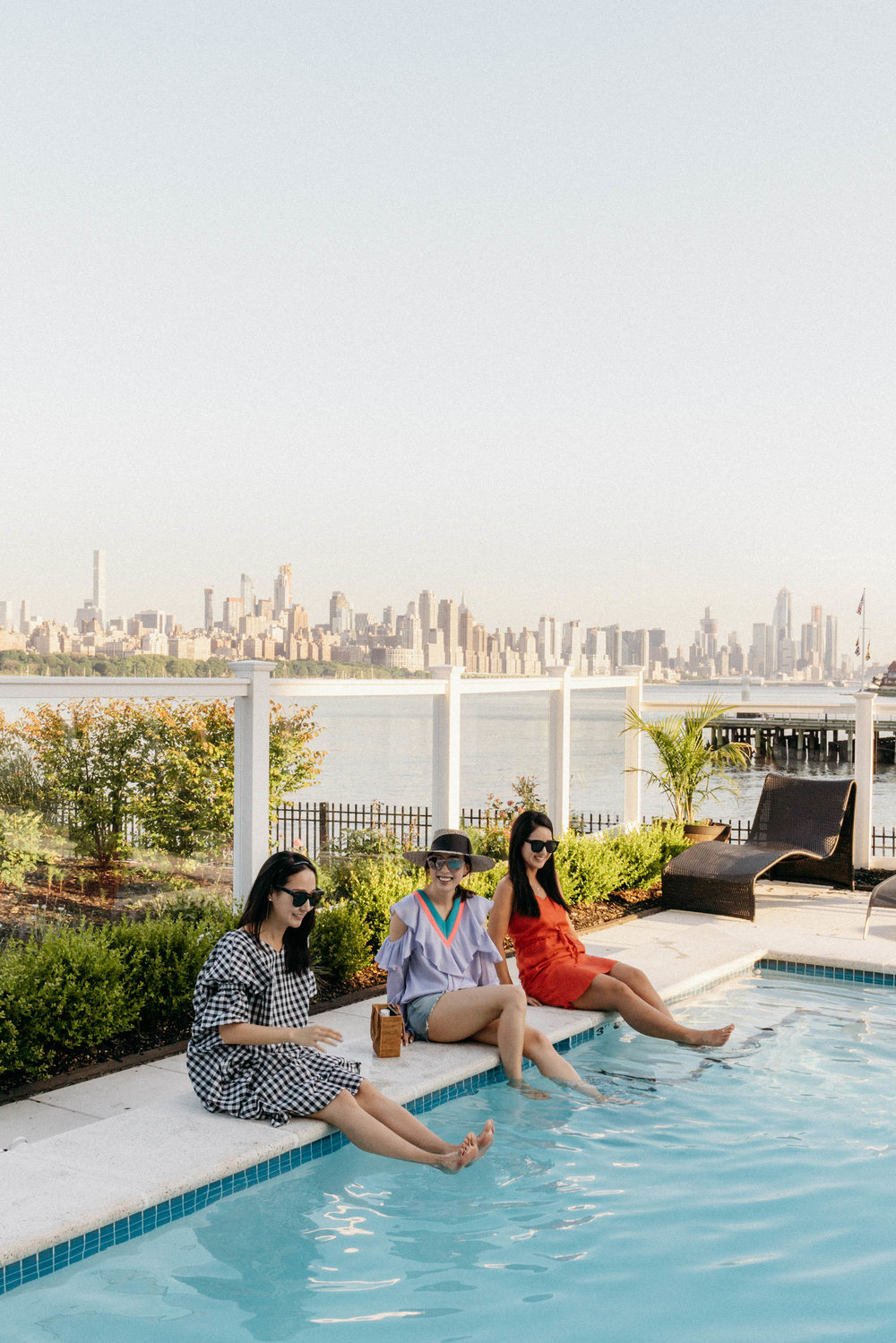 A weekend in Edgewater with  Yujin  and  Fran