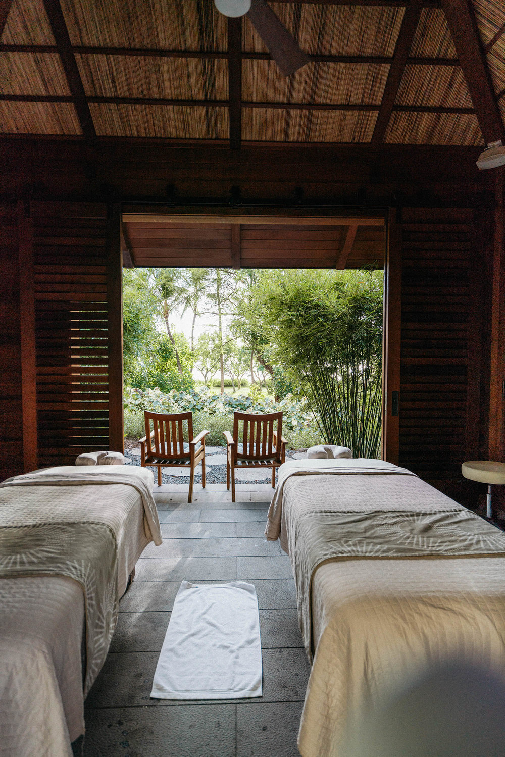 Couple's Massage at FS Oahu's  Naupaka Spa & Wellness