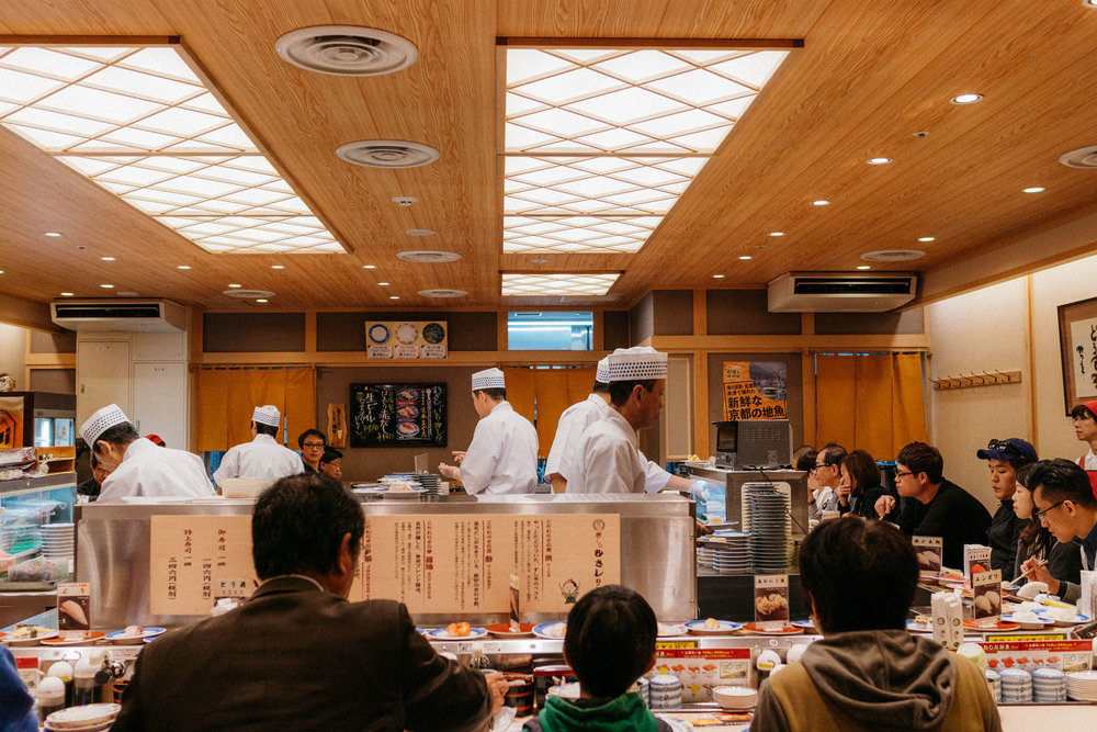 Quick last meal at Kyoto Station – really good conveyor belt sushi at  Sushi no Musashi