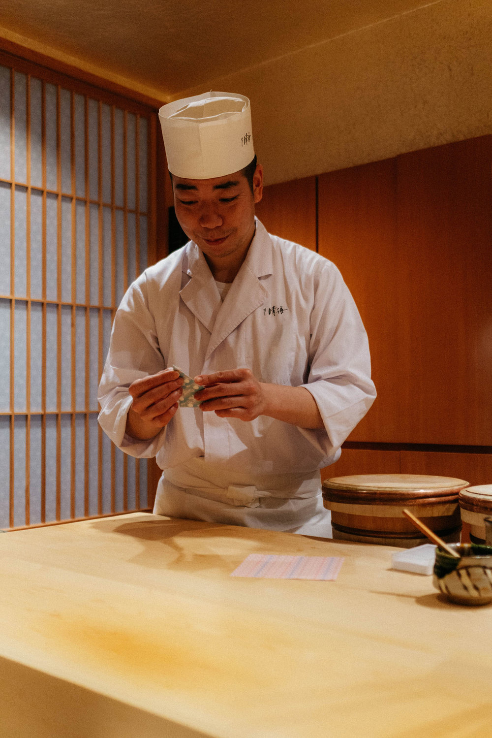 Chef Keisuke Yoshiya making us origami at the end of the meal – he said it's his specialty aside from sushi :)