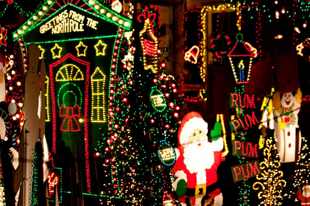 Richmond VA Tacky Light Tours.jpg