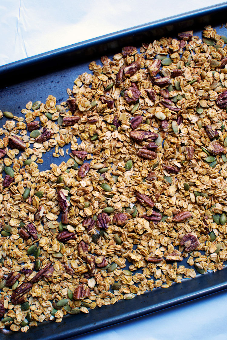 pumpkin-maple-granola