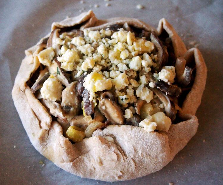 mushroom-leek-galette