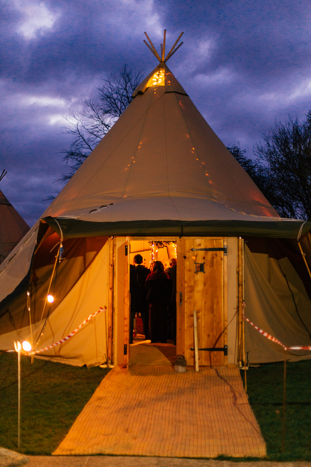 Tentipi Wedding Winter Kent Creative Photography Reportage (39 of 78).jpg