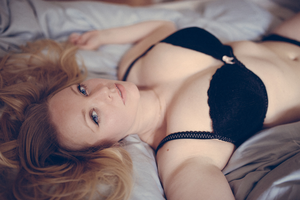Creative Artistic Boudoir Photography London Curvy (13 of 42).jpg