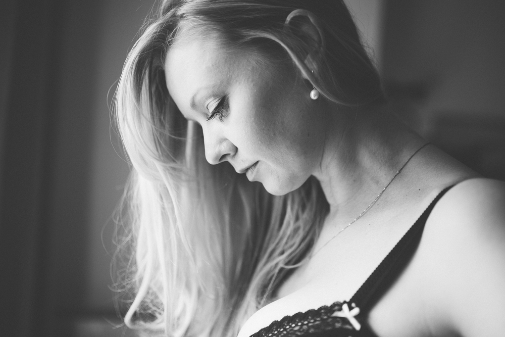 Creative Artistic Boudoir Photography London Curvy (1 of 42).jpg