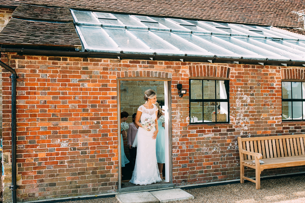 Hendall Manor Barns Wedding Artistic Documentary Creative Photography Joanna Nicole Photography (24 of 109).jpg