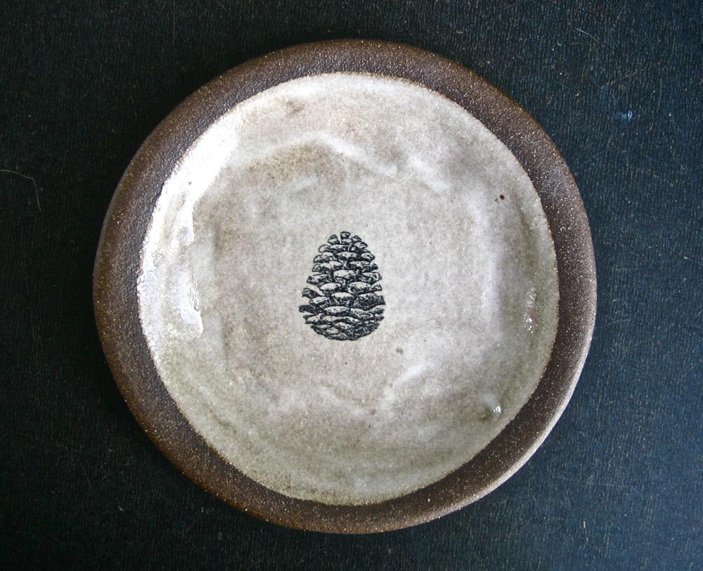 pine-cone-palte..jpg