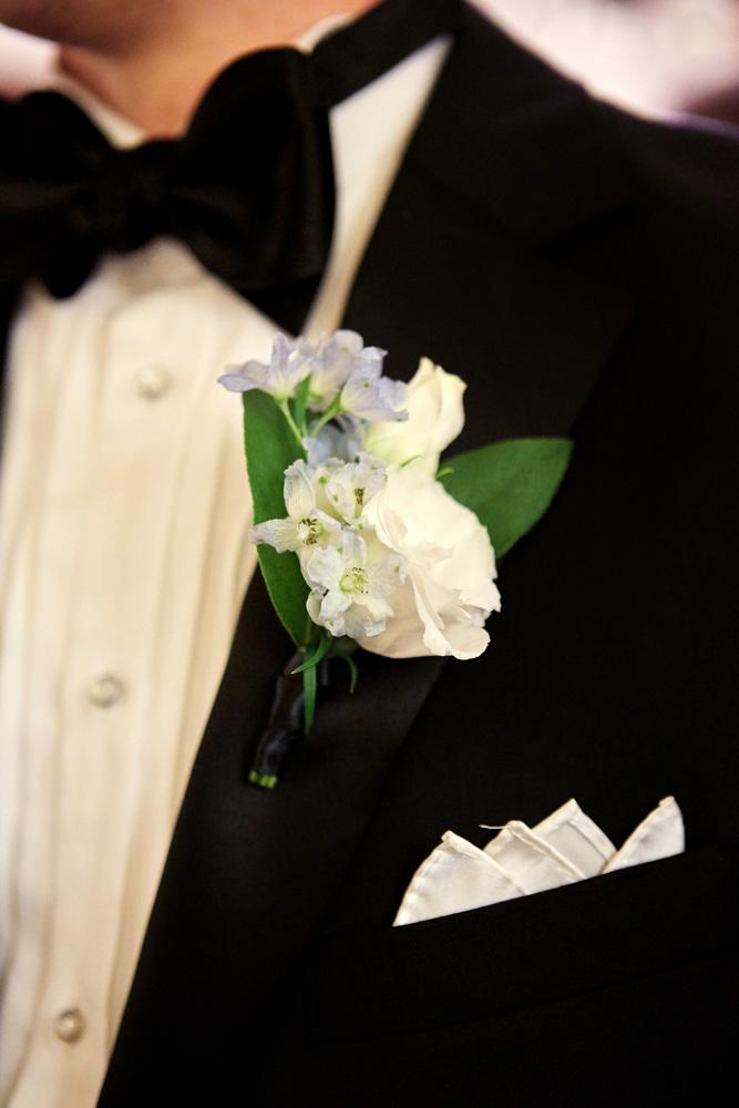 Photography: Michael Falco/Christian Oth Studio   Planning:  Viva Max Weddings   Venue:  Liberty Warehouse