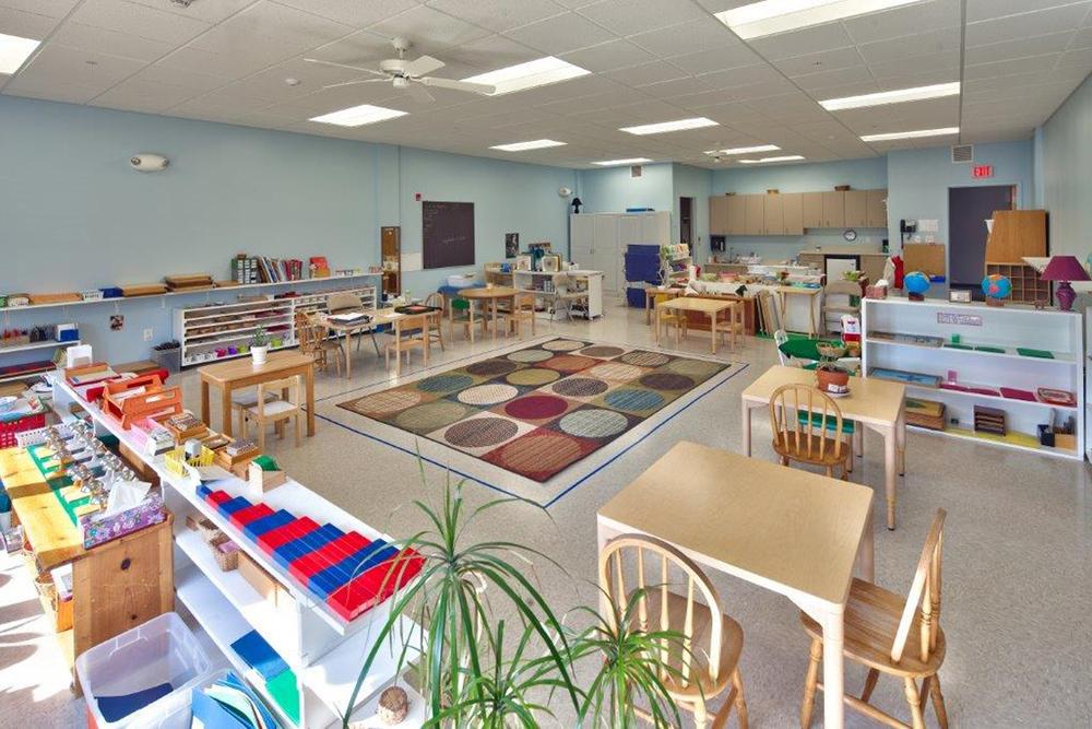 classroom-blue-3.jpg