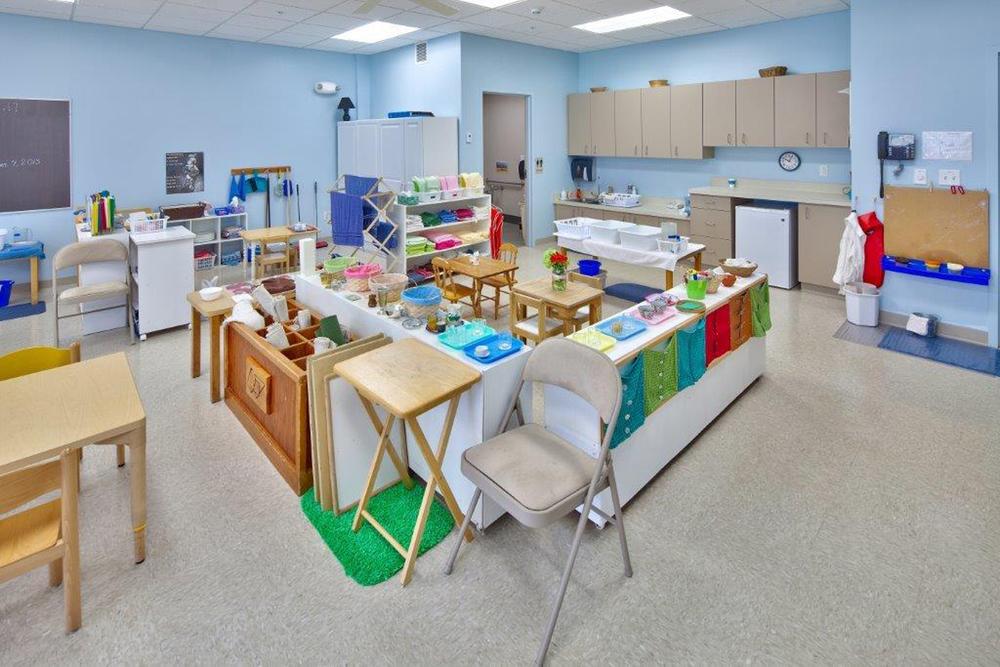 classroom-blue-5.jpg