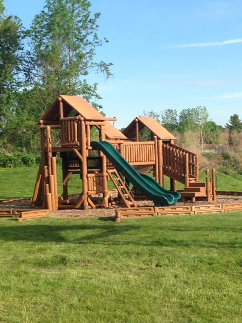 new swing set three.JPG