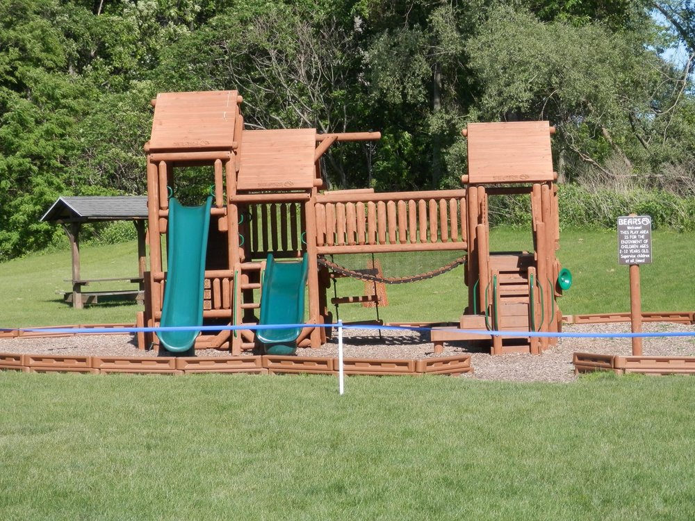 new swing set two.jpg
