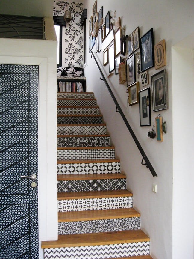 Source: http://www.lonny.com/photos/Staircase/Moroccan/HKldrOGBht7