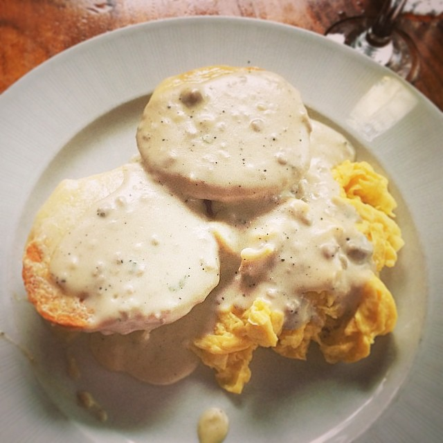 Who is the biscuits to your gravy? #tagit #brunch #thebrooklynstar #biscuitsandgravy