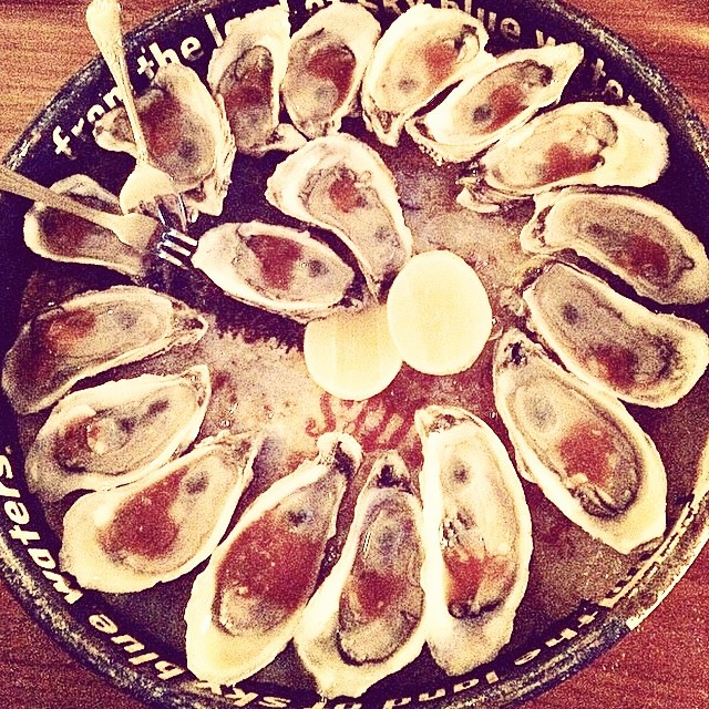 The rumors are true. $1 Oysters at the bar! Happy hour starts at 4pm on the dot. #regram from @promisaband #littleshemogues #newbrunswick #oysters #happyhour #thebrooklynstar