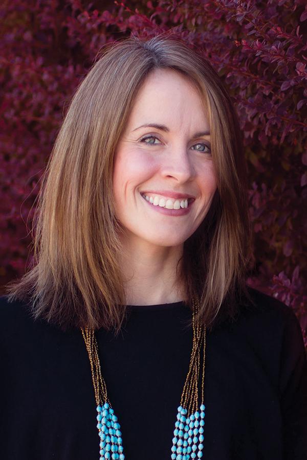 Nikki Wallace, Graphic Designer