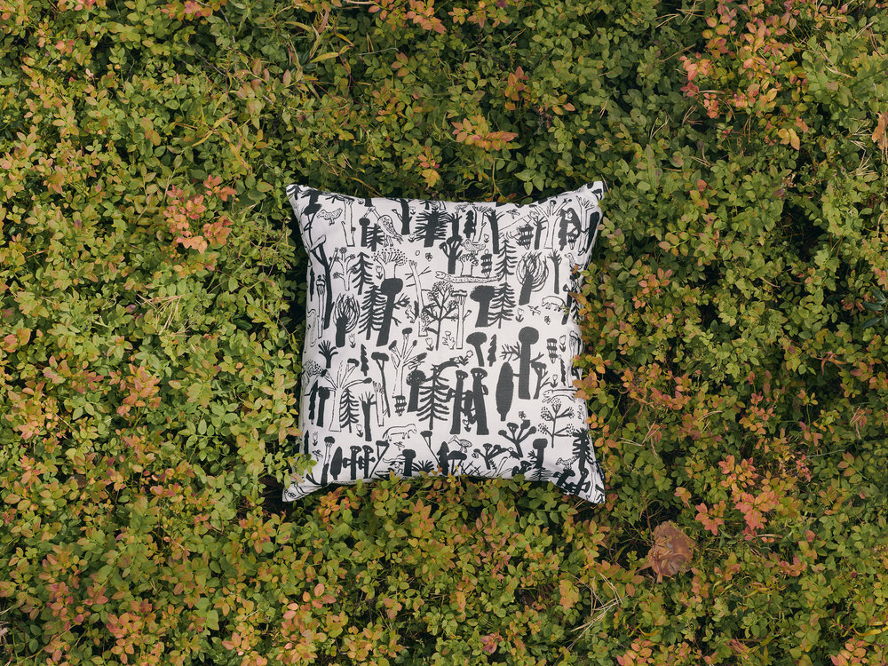 Woodlands Black Cushion Cover