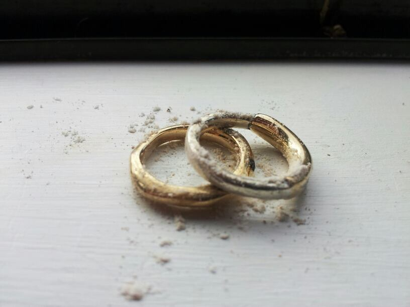Bespoke wedding rings by Lauren Haynes at Debrasic