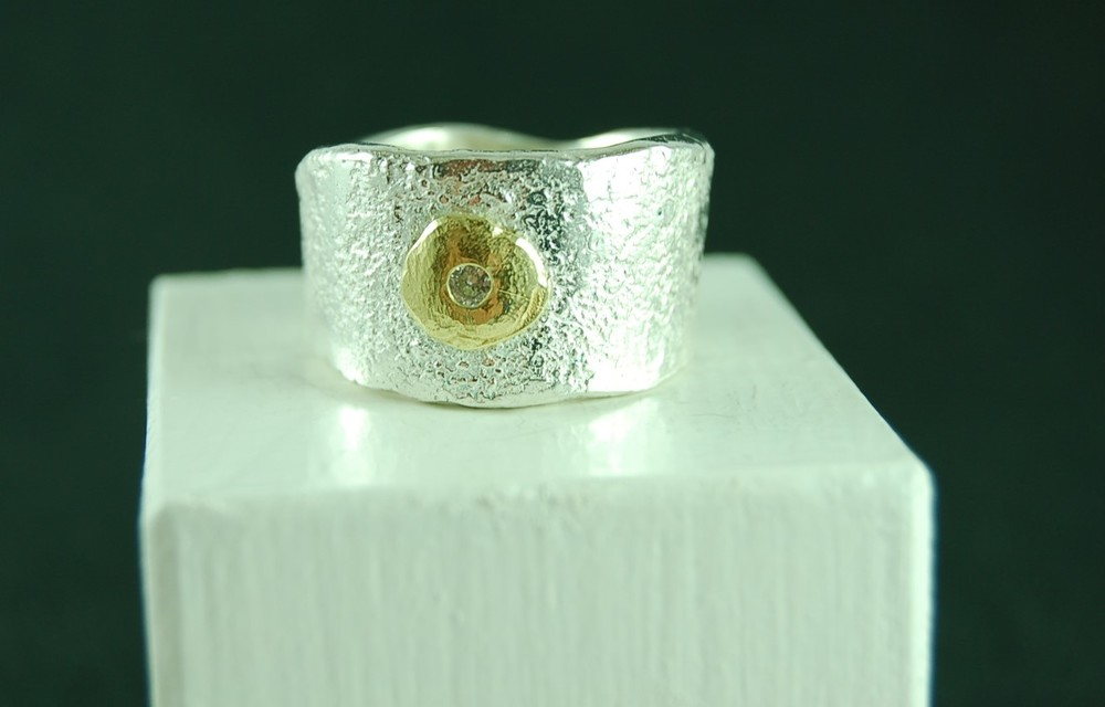 ring by Ursula Grube