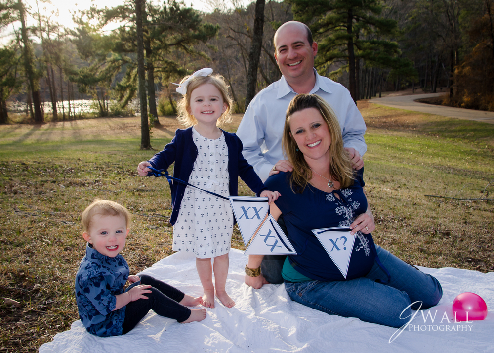 Daingerfield State Park is a beautiful location for family portraits.
