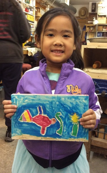 Amelia's little sister Katherina joined us and carved a fish and then added the most glorious colors.
