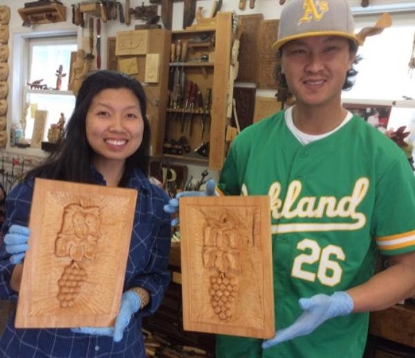 Welcome to new Grapes and Leaves Grads. Khae and Lina enjoyed some time away from family and carved some beautiful Grapes and Leaves.