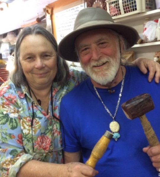 Another wonderful visit from Harry Huck Uliasz. We have carved together for over 40 years, since we both studied with our teacher Ben Shaw. Woodcarvers make the BEST friends.