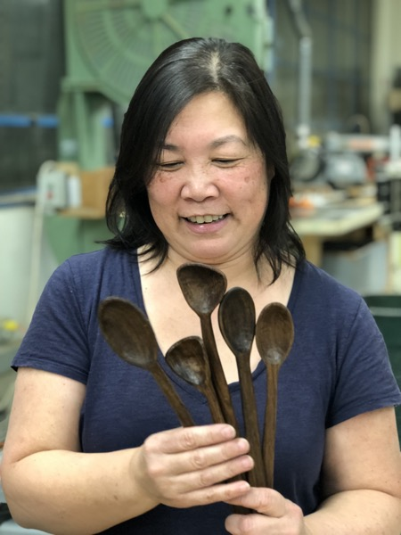 Laura from the Randall class worked hard to get 5 spoons carved. Again a big thanks to Owen for the great walnut scraps.