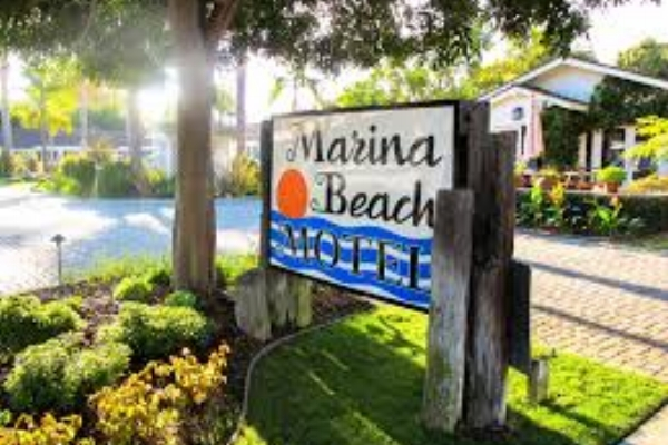 Marina Beach Motel - Marina Beach Motel is in the heart of Santa Barbara's harbor, wharf district.Free continental breakfast, free bicycle rentals, WiFi & parking. Pet Friendly.Only a 5-minute walk to our conference.Reservations: 805-953-702421 Bath Street,Santa Barbara
